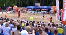 Zmagania sportowe na plaży rozpoczęte