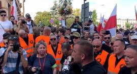 Marsz Niepodległości prosi o wsparcie. Chce pozwać Hannę Gronkiewicz-Waltz