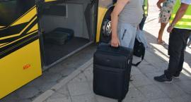 Nielegalne papierosy w walizce i na prywatnej posesji