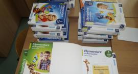 Podręczniki pierwszoklasistów zostaną w szkole