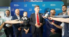 """Platforma chce """"upić"""" wyborców swoim sześciopakiem"""