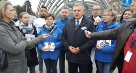 Nowoczesna i Platforma wsiada do autobusów z Tadeuszem Truskolaskim