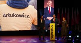 Tadeusza Arłukowicza na ostatniej prostej wspiera mocno Paweł Kukiz