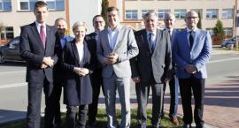 Minister sportu potwierdził dotację na budowę pływalni w Łapach