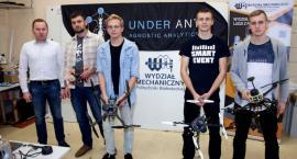 Studenci Politechniki biorą udział w zawodach dronów w Australii