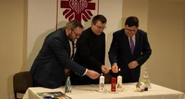 Świeczki Caritasu dostępne od dziś. Znów pomogą potrzebującym