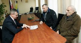 Burmistrz Łap: Poniedziałki są tylko dla mieszkańców