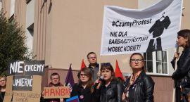 Czarny protest.