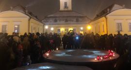 Białostoczanie w milczeniu uczcili pamięć prezydenta Adamowicza