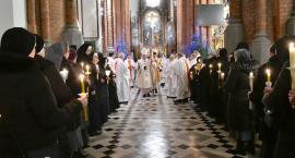 Dzień Życia Konsekrowanego w białostockiej katedrze