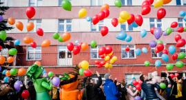 Setki balonów latało nad szpitalem