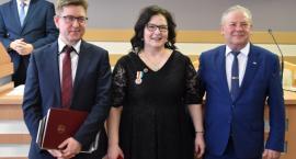 Dr Beata Kowalewska otrzymała odznakę Województwa Podlaskiego
