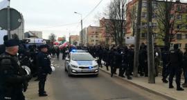 Policjanci zabezpieczyli marsz w Hajnówce i podjęli czynności wobec osób zakłócających zgromadzenie