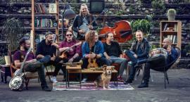 Kraków Street Band na scenie klubu Fama