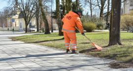 Trzy firmy są odpowiedzialne za letnie oczyszczanie Białegostoku