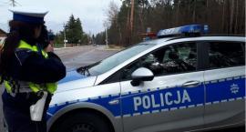Pijany motorowerzysta wiózł pasażera bez kasku
