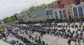 Rynek Kościuszki został w całości opanowany przez motocyklistów