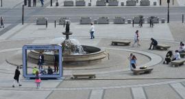 Przy białostockiej fontannie stanęła znów ramka do zdjęć