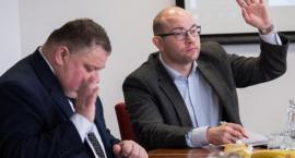 Na wsparcie rodzin zarząd województwa przekazał prawie milion złotych