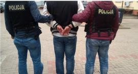 Policjanci zatrzymali dwóch mężczyzn podejrzanych o pobicie
