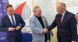 Akademicka Szkoła Ponadgimnazjalna z Łomży otrzymała milionową dotację
