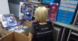 W centrum Białegostoku służby celne przechwyciły podrabiane zabawki