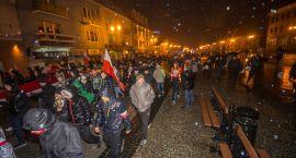Białostocki Marsz Niepodległości w strugach deszczu (zdjęcia)