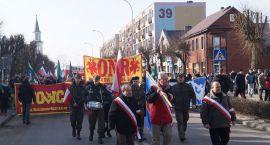 Ponad 200 osób, w tym białostoczanie, przeszło ulicami Hajnówki [ZDJĘCIA]