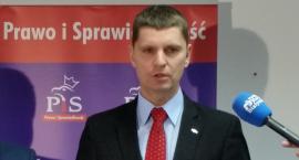 Nowy minister zaleca montowanie w szkołach rolet i klimatyzacji