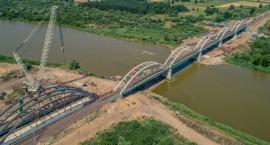 Co dwa mosty to nie jeden. Dlatego na Bugu są już dwa mosty a nie jeden