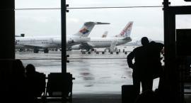 Na wakacjach może zdarzyć się tak, że zostanie odwołany samolot. Co wtedy?