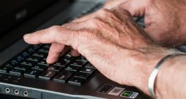 Seniora warto zatrudnić w swojej firmie