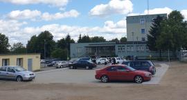 Od kilku dni pod starostwem powiatowym jest większy parking