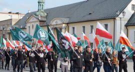 Spotkanie o nacjonalizmie miało być otwarte, ale ONR - owców już nie wpuszczono