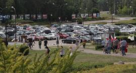 Kierowcy święcili swoje auta w Świętej Wodzie