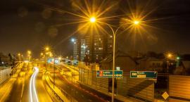 Miasta nocą powinny być inaczej oświetlane