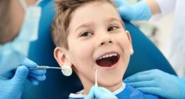 Dzieci i młodzież mogą korzystać z pomocy stomatologa w Sobolewie