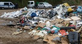 Nielegalnie wywozili odpady. Zostali zatrzymani