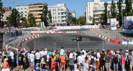 Emocjonujące pokazy w Gdyni z udziałem bolidów Politechniki Białostockiej