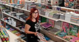Tania Książka obsłuży klientów w odnowionych wnętrzach