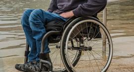 500+ dla niepełnosprawnych nie wpłynie z automatu. Trzeba złożyć wniosek