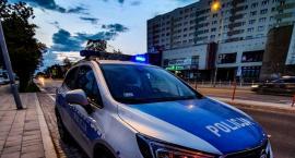 Policjanci przez balkon dostali się do mieszkania by pomóc nieprzytomnemu mężczyźnie