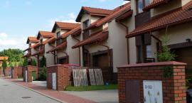 Polacy chcą mieszkać w domach jednorodzinnych a nie w blokach