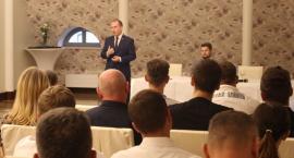 Adam Andruszkiewicz rozpoczął kampanię wyborczą strzałem w dziesiątkę