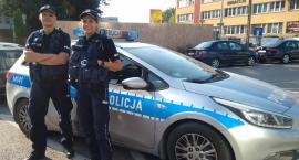 Policjanci rodzącą kobietę eskortowali w drodze do szpitala