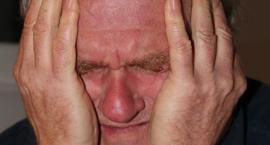 Oszuści żerują na ludziach starszych i chorych