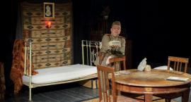 """Z okazji 700. przedstawienia """"Zapisków oficera Armii Czerwonej"""" Teatr Dramatyczny ogłasza konkurs"""