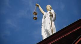 Adwokat oskarżony w aferze reprywatyzacyjnej nie powinien być przywrócony do zawodu