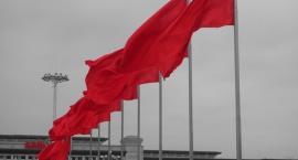Raz Prozą: Komuna żyje i funkcjonuje