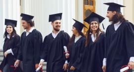 Czy przyszły rynek pracy będzie zwracał uwagę na wyuczony tytuł zawodowy?